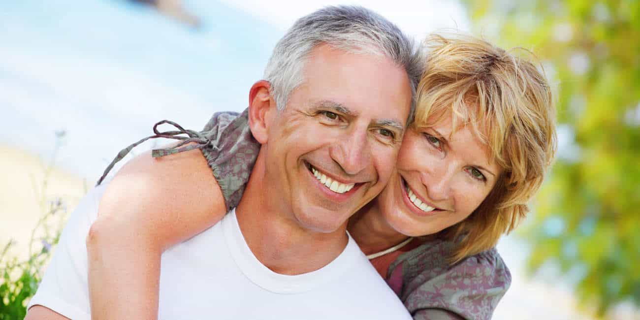Wills & Trusts happy-couple Estate planning Direct Wills Reading